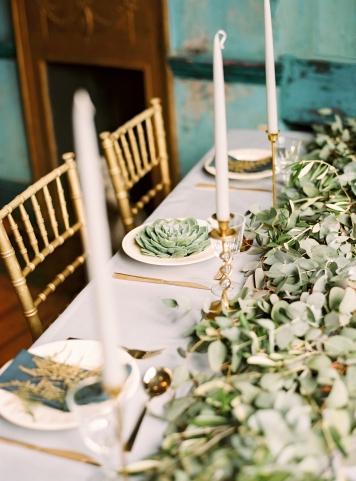 Cloth House Linen via hochzeitsguide.com